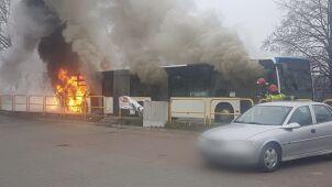 Pożar miejskiego autobusu w Szczecinie. 20 osób zdążyło uciec