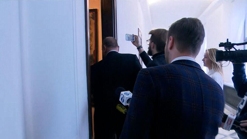 Zastępca Banasia w Sejmie. Wszedł do gabinetu marszałka