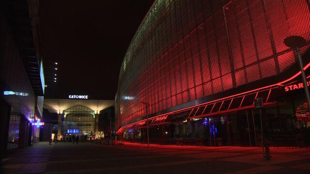 W Katowicach rozbłysła biało-czerwona iluminacja