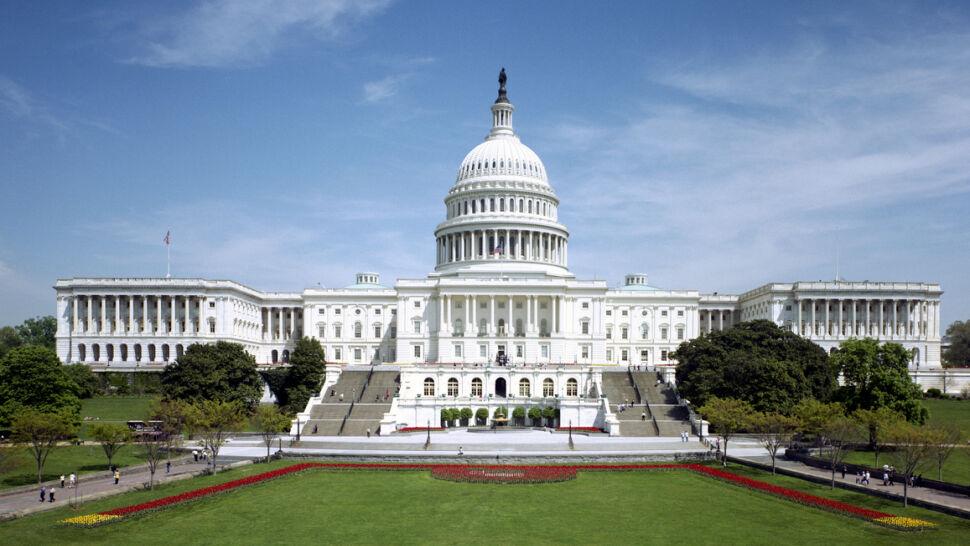Kongresmeni dostaną informacje o reklamach, których ślad prowadzi do Rosji