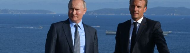 Macron z Putinem na Lazurowym Wybrzeżu