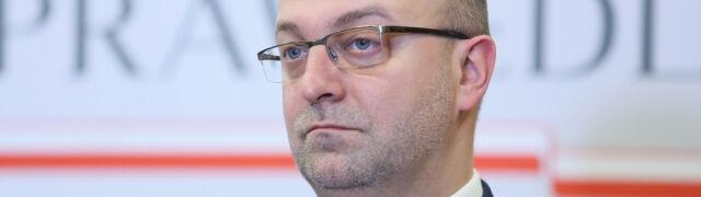 """Piebiak złożył rezygnację. Ziobro  """"z dezaprobatą"""" przyjął okoliczności sprawy"""