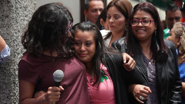 Poroniła, sąd skazał ją na 30 lat więzienia. Uniewinniona w powtórzonym procesie