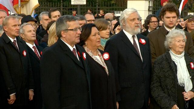 Hymn pod pomnikiem Piłsudskiego