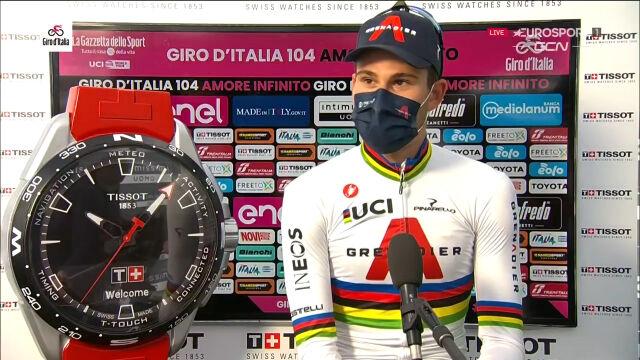 Ganna po wygraniu 1. etapu Giro d'Italia