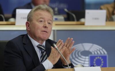 Janusz Wojciechowski przed komisją. Odpowiada na pytania deputowanych