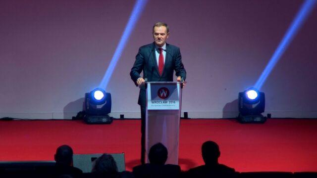 Tusk: apeluję do władz o respekt wobec ludzi, zasad i wartości