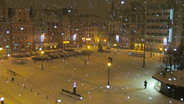 Wrocław Pod śniegiem Niska Widzialność Pogoda Na Noc