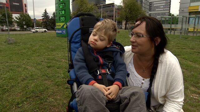 """Terapia medyczną marihuaną opanowała padaczkę jej syna. """"Decyzja CZD absurdalna"""""""