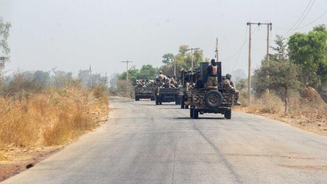 Żołnierze strzelali w powietrze.  Protest przeciwko wysłaniu do walki