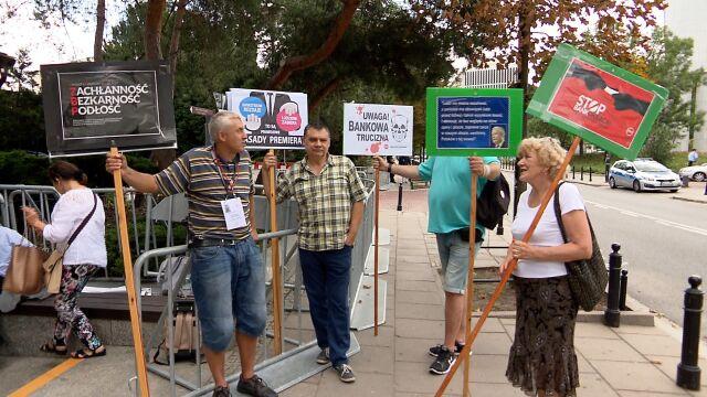 Frankowicze protestowali pod Sejmem
