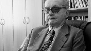 """Szef MON """"najprawdopodobniej"""" na pogrzebie Jaruzelskiego"""
