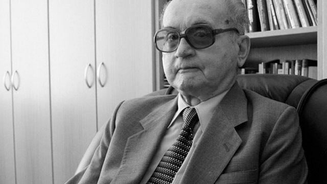 """""""Może wstąpiłbym do Armii Krajowej"""". Nowa biografia Jaruzelskiego"""