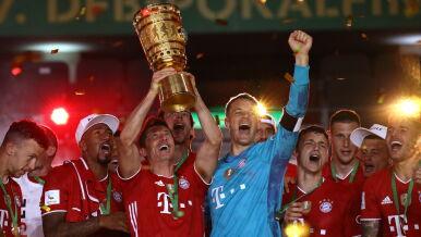Puchar w górę! Chwile radości w Bayernie