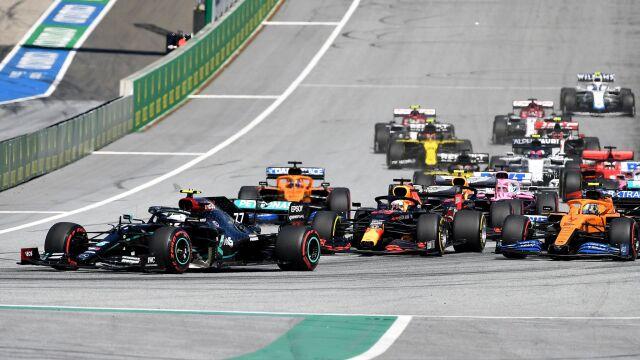Szalony wyścig w Grand Prix Austrii. Ukarany mistrz przesunięty poza podium