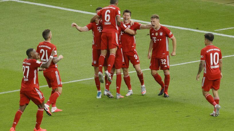 """Było mistrzostwo, jest Puchar Niemiec. """"Lewy"""" poprowadził Bayern do triumfu"""