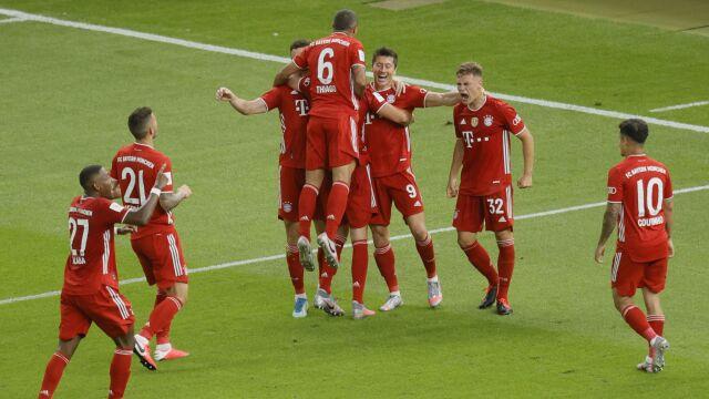 """Było mistrzostwo, teraz jest Puchar Niemiec. """"Lewy"""" poprowadził Bayern do triumfu"""