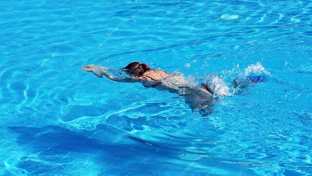 Sperma w basenie, 13-letnia Polka w ciąży