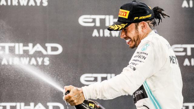 Smutny sezon Formuły 1. Bez podium, hymnów i szampana