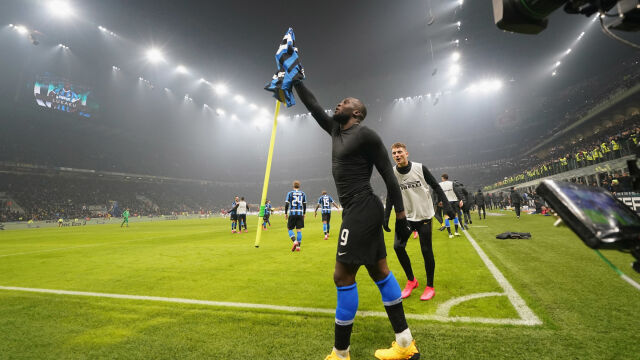 """""""W mieście jest nowy król"""". Piłkarz Interu docina Zlatanowi"""