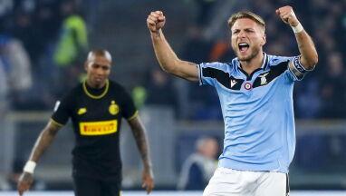 Rzym oszalał. Lazio pokonało i przeskoczyło Inter