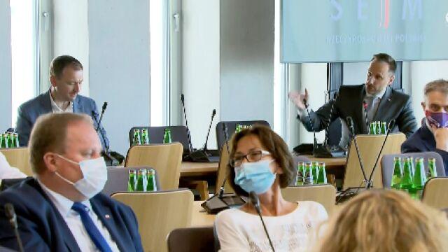 Sławomir Nitras i Janusz Kowalski na posiedzeniu sejmowej komisji administracji i spraw wewnętrznych