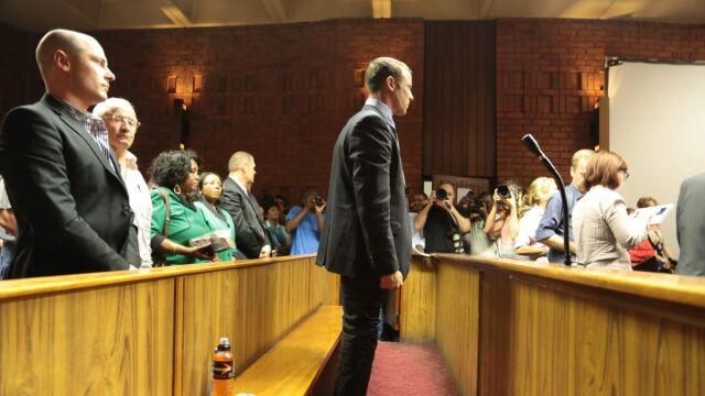 Pistorius się nie przyznaje, w środę znów przed sądem
