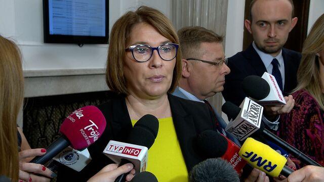 """""""PiS-owska atrapa"""". Komentarze po wyroku Trybunału Konstytucyjnego"""