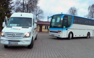 Jeziorany: konflikt o gimbusy. Dwa autokary wożą dzieci