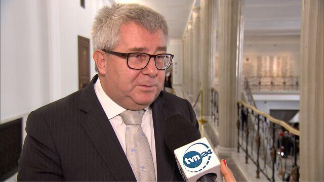 Czarnecki: nie dziwmy się Morawieckiemu, że broni Andruszkiewicza