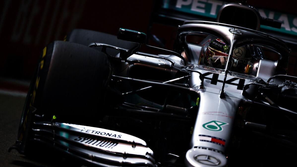 Hamilton najszybszy nocą. Kubica ostatni