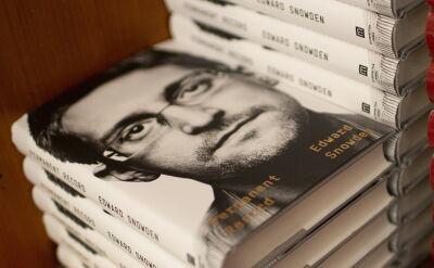 Edward Snowden wydał książkę. Departament sprawiedliwości USA wystąpił z pozwem