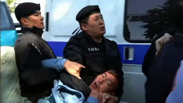 Więcej policji niż protestujących. Zatrzymania w Kazachstanie