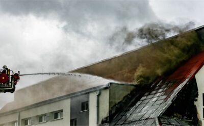Pożar szkoły podstawowej w Świerznie