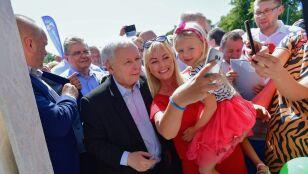 Prezes Kaczyński broni nuklearnej rodziny