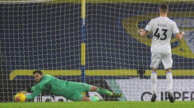 Klich potrzebował dwóch karnych, by pokonać Fabiańskiego. West Ham walczył do końca