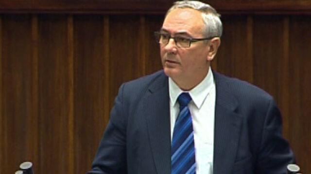 Minister przeprasza za kolej. Chcą odwołać Grabarczyka