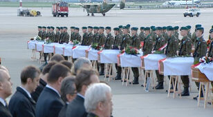 Wałęsa o Smoleńsku: Zostawmy to, nie rozgrzebujmy ran