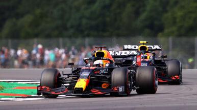 Verstappen ponownie szybszy od Hamiltona. Tym razem na treningu