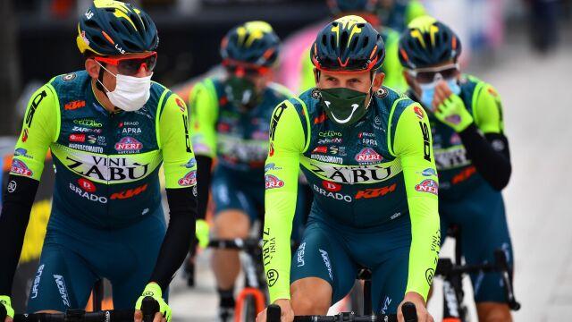 Zespół polskiego kolarza nie wystąpi w Giro d'Italia. W tle podejrzenia o doping