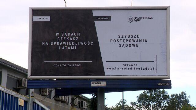 """Maciej Świrski o kampanii billboardowej """"Sprawiedliwe sądy"""""""