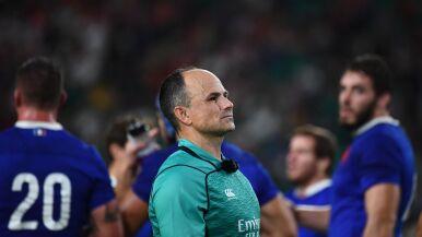 Konsekwencje skandalu w rugby. Sędzia ma wolne za fotkę z fanami