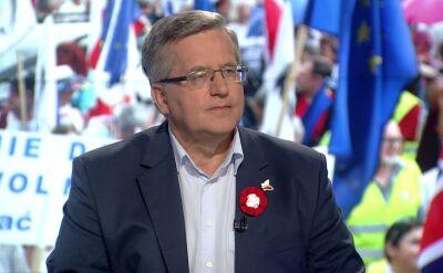 """Kaczyński """"chce samemu wleźć na cokół polskiej historii i się na nim panoszyć"""""""