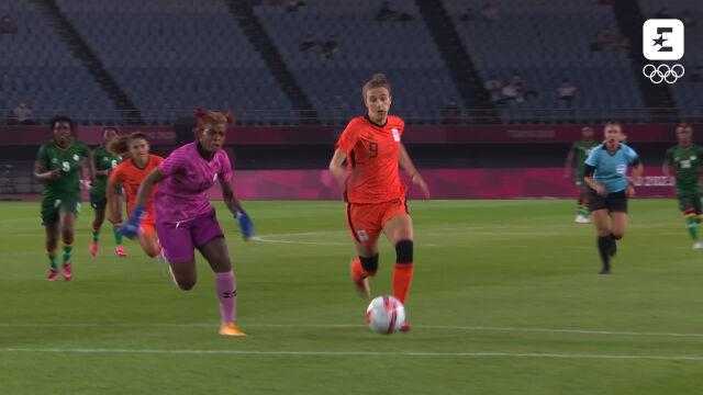 Tokio. Skrót meczu Zambia - Holandia w piłce nożnej
