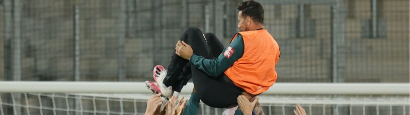 Pożegnalny mecz na ławce rezerwowych. Trener przeprasza legendę Bundesligi