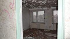 Tak przed renowacją wyglądał jeden z 10 tysięcy planowanych pokojów