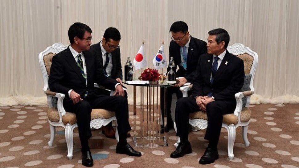 Bez przełomu na spotkaniu ministrów. Wygasa umowa wojskowa na linii Tokio-Seul