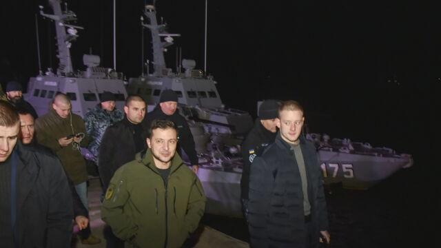Zełenski na linii frontu i w czarnomorskim porcie.