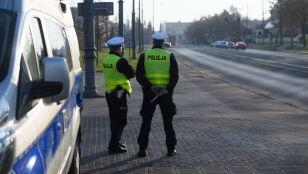 Policjanci spędzili w pracy miliony nadgodzin.  I mają za nie dostać 150 milionów złotych