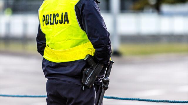 Areszt dla trzech policjantów podejrzanych o łapówkarstwo